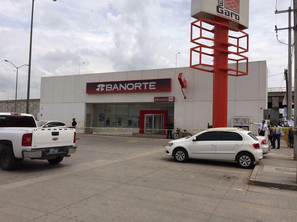 Prev n m s intervenci n policiaca ante asaltos bancarios for Santander leon sucursales