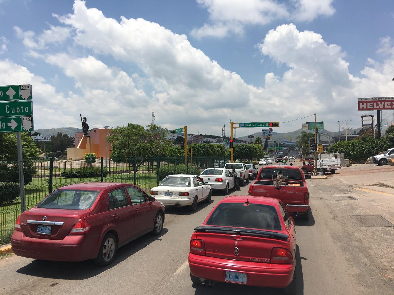 Colabora Municipio En Obras De Glorieta Santa Fe El Otro Enfoque Noticias Guanajuato