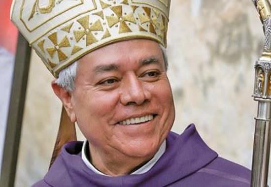 El arzobispo Alfonso Cortés Contreras.